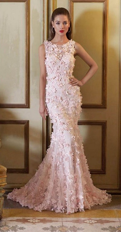 Choosing the wedding dress shape